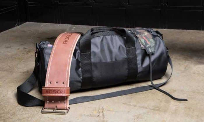 Gym bag with weight belt